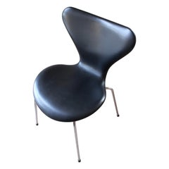 Arne Jacobsen, Dining Chair or, Series 7, Fritz Hansen, Black Leather