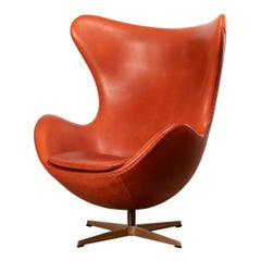 Arne Jacobsen Egg Chair in Light Patined Grace Walnut Leather by Fitz Hansen