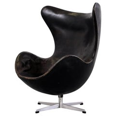 Arne Jacobsen Egg Chair Model 3316 in Original Leather by Fritz Hansen, 1960s