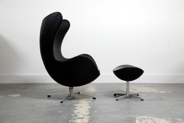 Danish Arne Jacobsen Egg Chair & Stool for Fritz Hansen with Original Leather, Signed