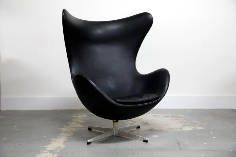 Aluminum Arne Jacobsen Egg Chair & Stool for Fritz Hansen with Original Leather, Signed