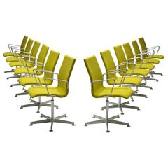 Arne Jacobsen for Fritz Hansen 12 'Oxford' Swivel Chairs
