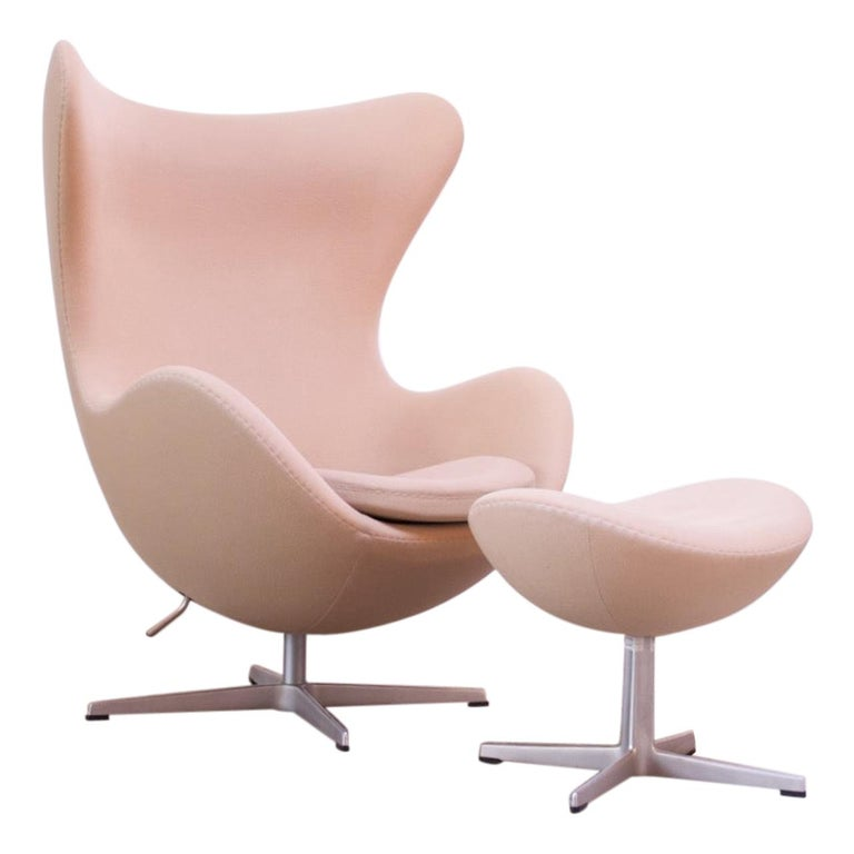 Arne Jacobsen for Fritz Hansen Egg Chair and Ottoman Distributed by Knoll For Sale