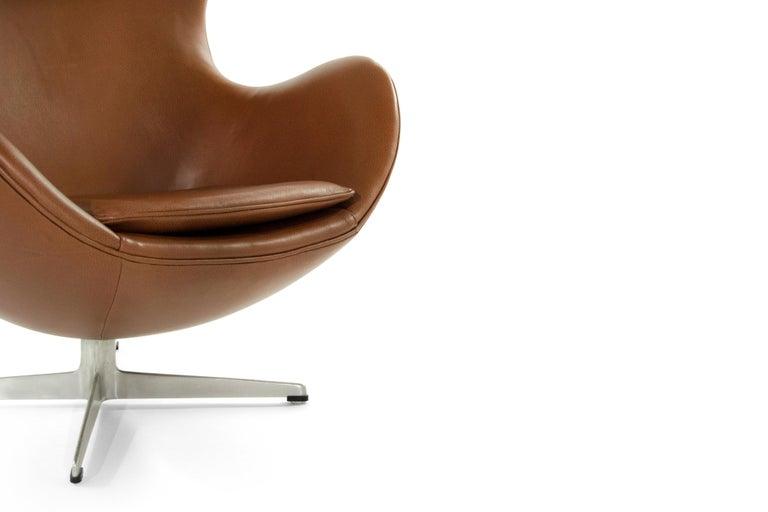 Arne Jacobsen for Fritz Hansen Egg Chair, Denmark, 1966 For Sale 9