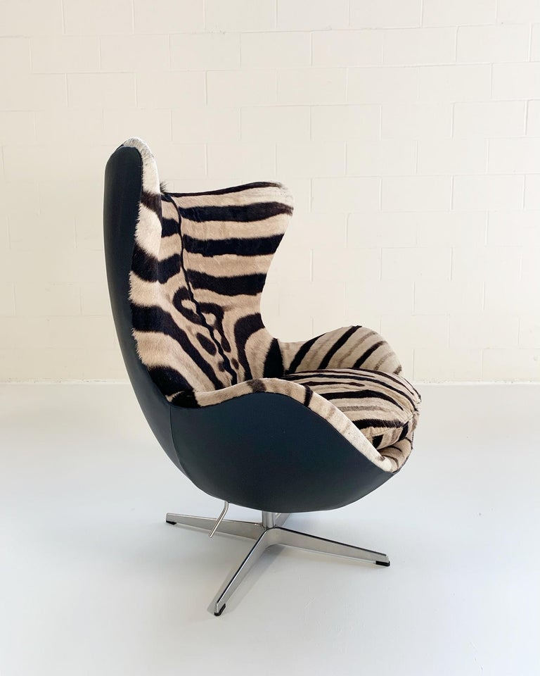 Arne Jacobsen for Fritz Hansen Egg Chair in Zebra Hide and Loro Piana Leather For Sale 6
