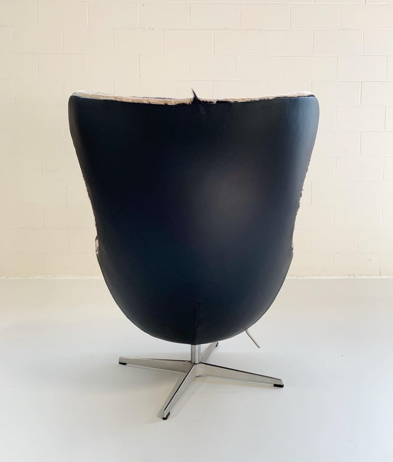 Arne Jacobsen for Fritz Hansen Egg Chair in Zebra Hide and Loro Piana Leather For Sale 1