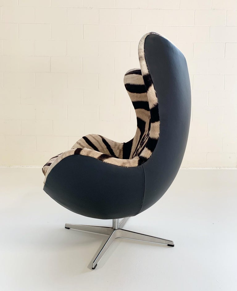 Arne Jacobsen for Fritz Hansen Egg Chair in Zebra Hide and Loro Piana Leather For Sale 2