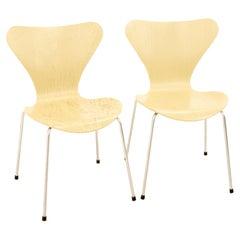Arne Jacobsen for Fritz Hansen Mid-Century Modern Series 7 Chair, Set of 2