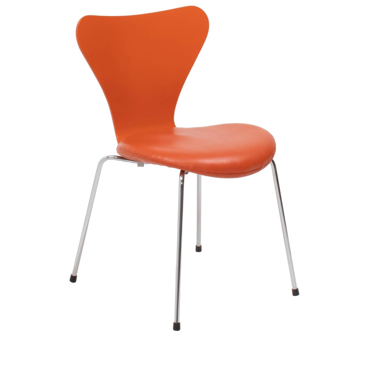 Arne Jacobsen for Fritz Hansen Orange Leather Series 7 Chair