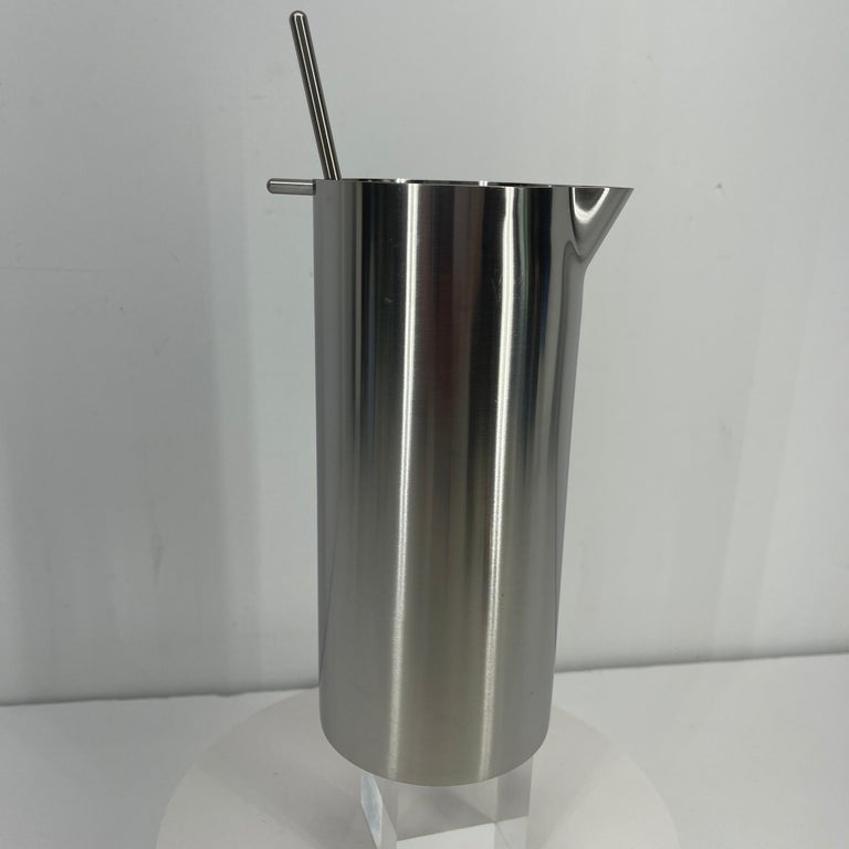 Scandinavian Modern Arne Jacobsen for Stelton Mid-Century Modern Cocktail Shaker and Stir Spoon For Sale