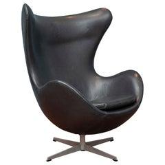 Arne Jacobsen Leather Egg Chair for Fritz Hansen