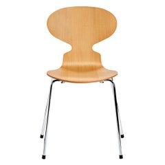 Arne Jacobsen Model 3100 Ant
