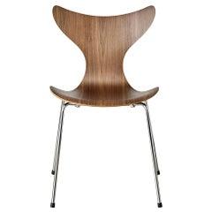 Arne Jacobsen Model 3108 Lily