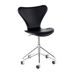 Arne Jacobsen Model 3117 Fullly Upholstered Leather