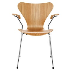 Arne Jacobsen Model 3207 Armchair Clear Lacquer