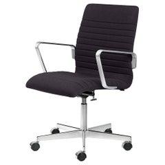 Arne Jacobsen Model 3293p Oxford Premium