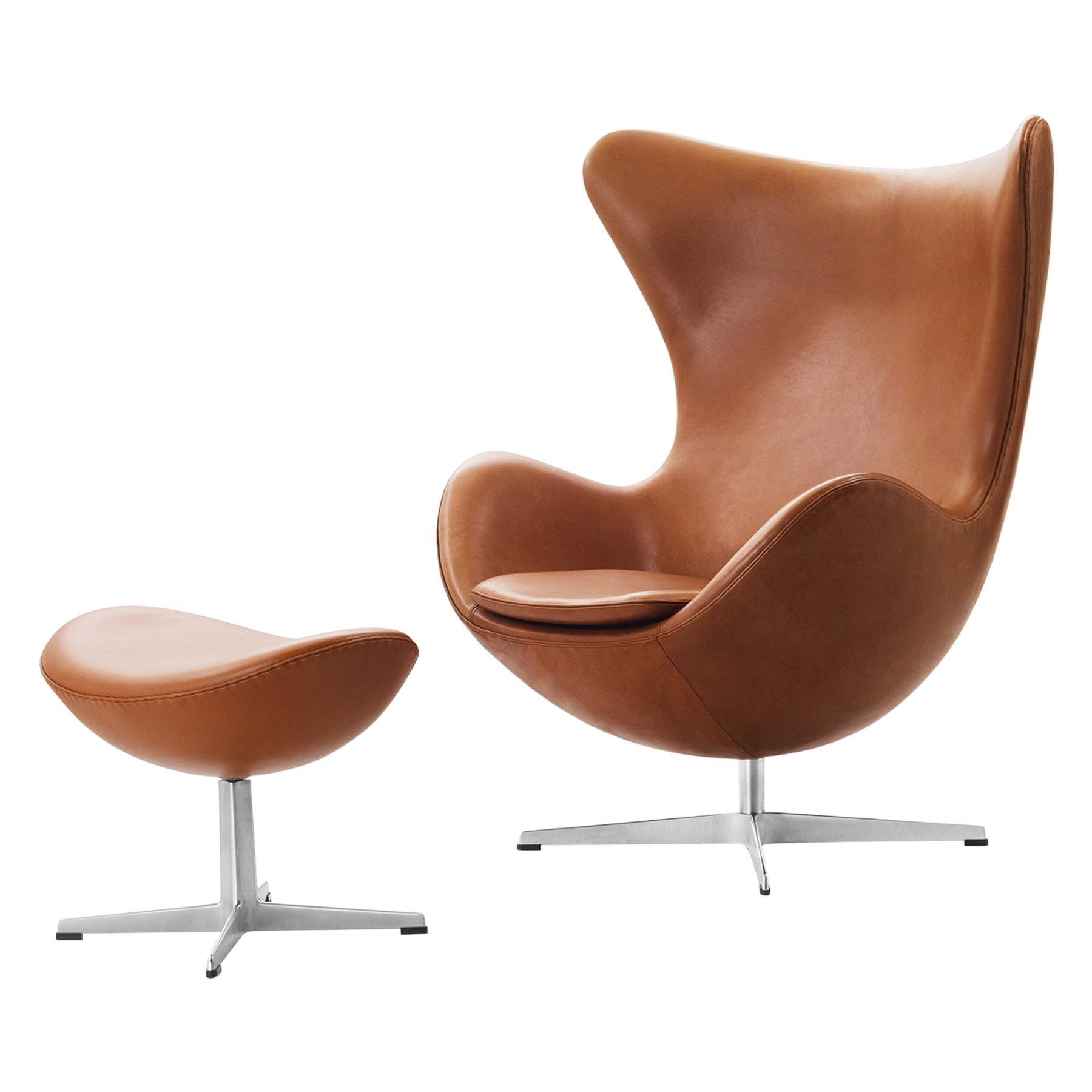 Arne Jacobsen Model 3316 Egg Easy Chair Leather