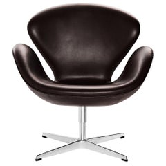 Arne Jacobsen Model 3320 Swan Leather