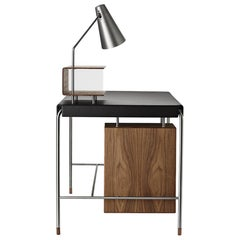 Arne Jacobsen Model AJ52-16070 Society Table