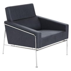 Arne Jacobsen Model Series 3300 Easy Chair Fabric
