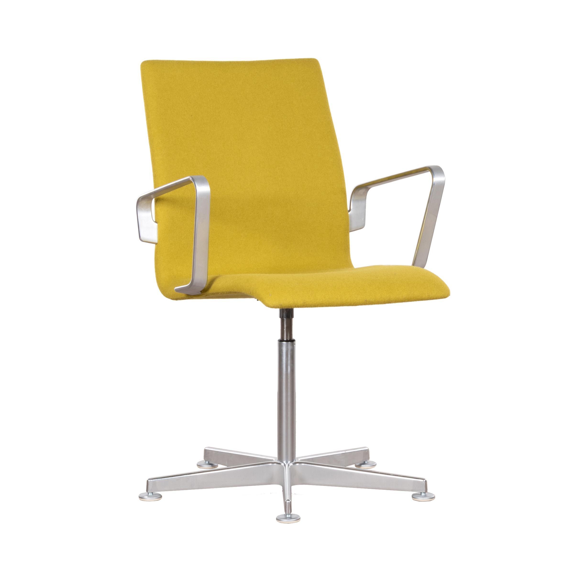 Arne Jacobsen Oxford Chair in Lime Green Wool for Fritz Hansen, Denmark