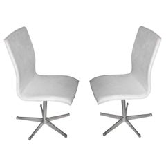 Arne Jacobsen Pair of Chair, Model Oxford, Newly Reupholstered, Danish 1965