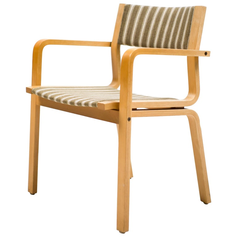Arne Jacobsen Saint Catherine College Chairs For Sale