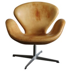 Arne Jacobsen Scandinavian Leather Swan Armchair for Fritz Hansen, 1990s