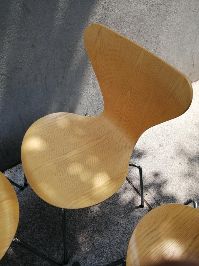 Late 20th Century Arne Jacobsen Set of 4 Model 3107 Chairs For Sale
