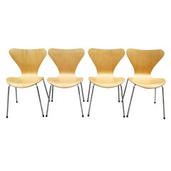 Arne Jacobsen Set of 4 Model 3107 Chairs