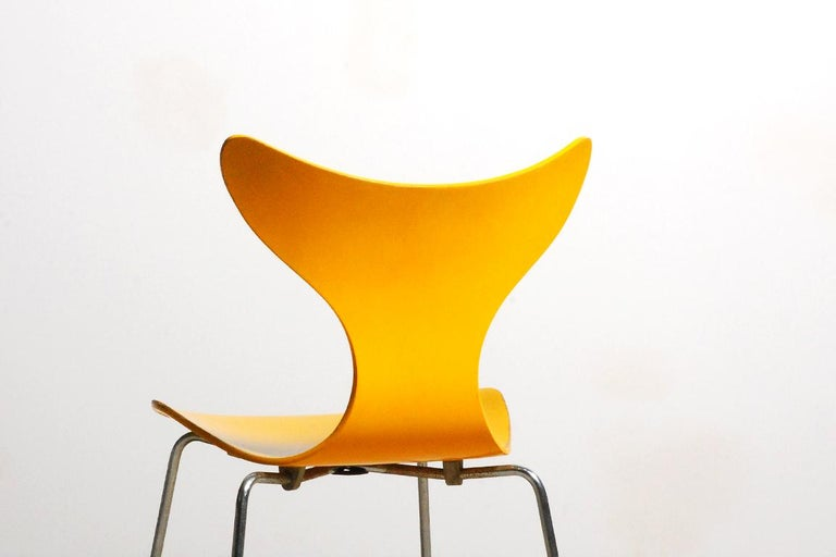 Arne Jacobsen, Set of 5 Lily Chairs for Fritz Hansen, 1968 In Good Condition For Sale In Paris, FR