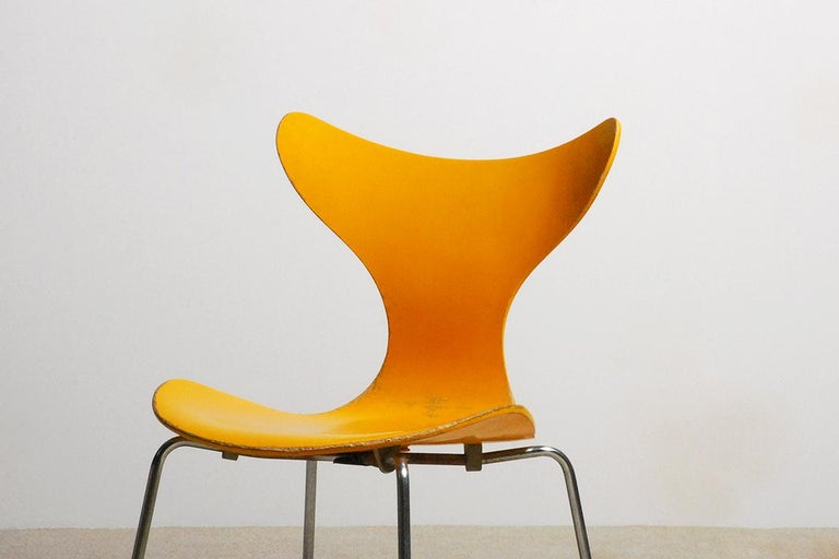 Mid-20th Century Arne Jacobsen, Set of 5 Lily Chairs for Fritz Hansen, 1968 For Sale