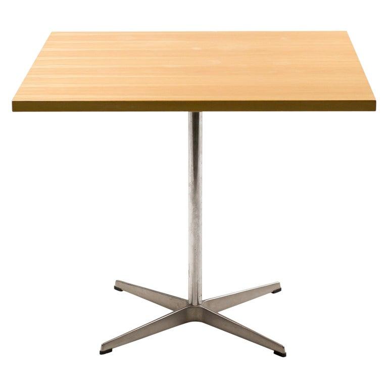 Arne Jacobsen Shaker Table For Sale