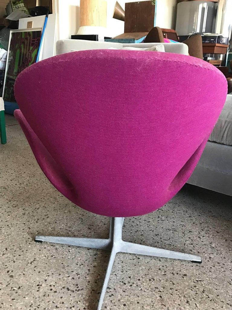 "An original Arne Jacobsen ""swan"" chair by Fritz Hansen, Denmark, circa late 1960s-early 1970s. Needs reupholstery."