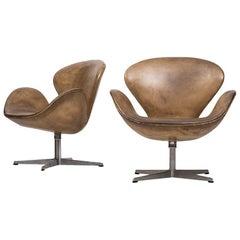 Arne Jacobsen Swan Easy Chairs by Fritz Hansen in Denmark
