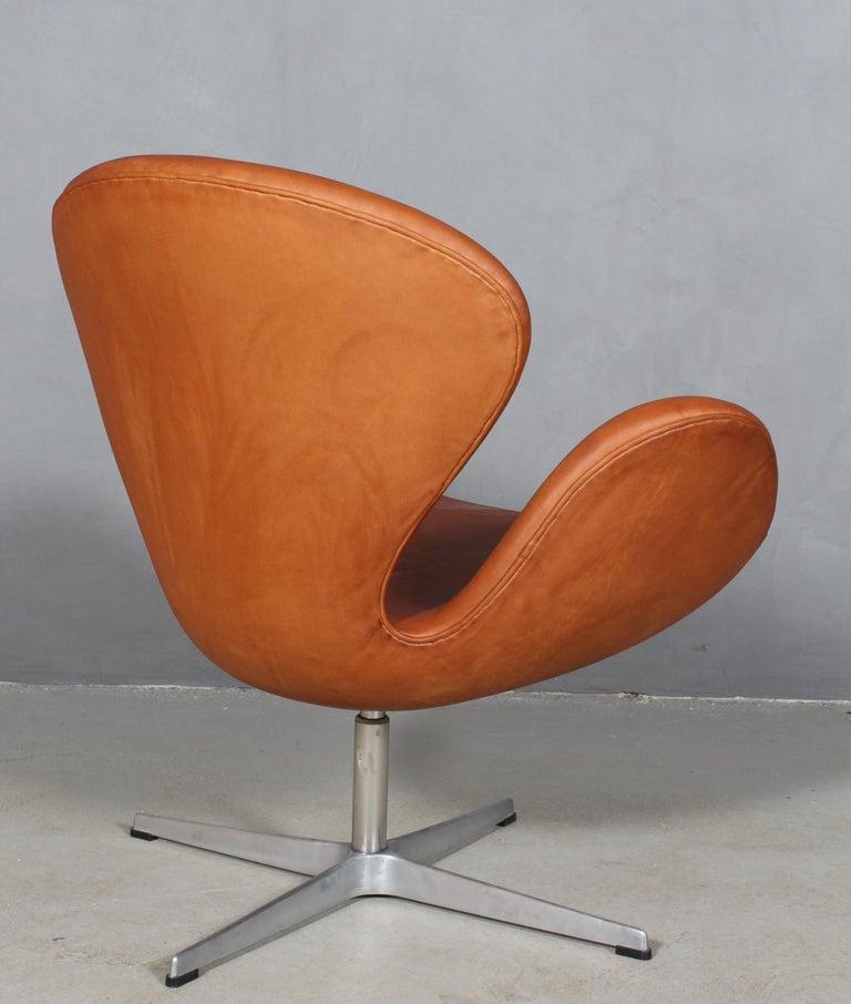 Mid-20th Century Arne Jacobsen Swan For Sale