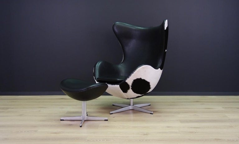 Arne Jacobsen the Egg Chair Cow Leather Elegance, 1980s For Sale 8