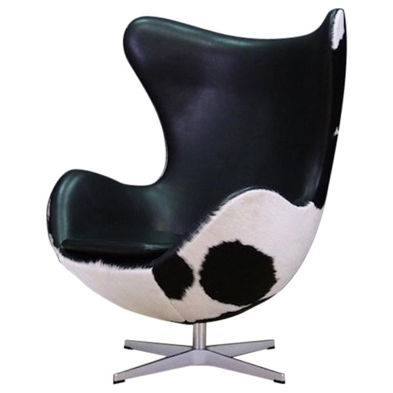 The Egg Chair.Arne Jacobsen The Egg Chair Cow Leather Elegance