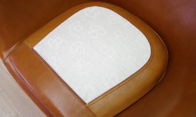 Arne Jacobsen the Egg Chair Elegance Leather Retro For Sale 3