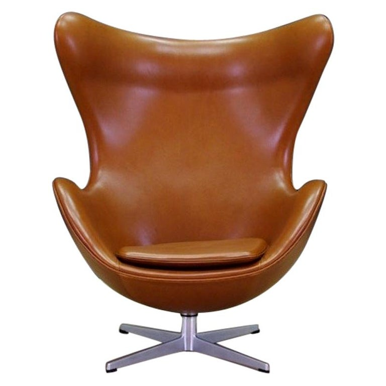 Arne Jacobsen the Egg Chair Elegance Leather Retro For Sale