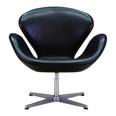 Arne Jacobsen the Swan Elegance Black Leather Retro