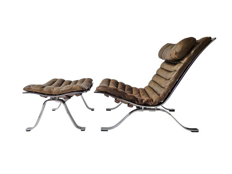 Arne Norell 'Ari' Lounge Chair and Ottoman in Original Cognac/Brown Leather In Good Condition For Sale In Amsterdam, NL