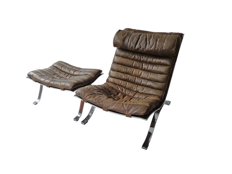 Arne Norell 'Ari' Lounge Chair and Ottoman in Original Cognac/Brown Leather For Sale 1