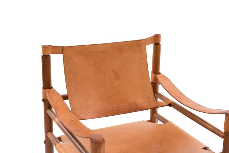 All original Arne Norell Safari chair, circa late 1960s. This all original example has beautifully patinated leather seat and back and is extremely comfortable.