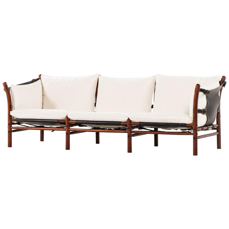 Arne Norell Sofa Model Ilona Produced by Arne Norell AB in Aneby, Sweden For Sale