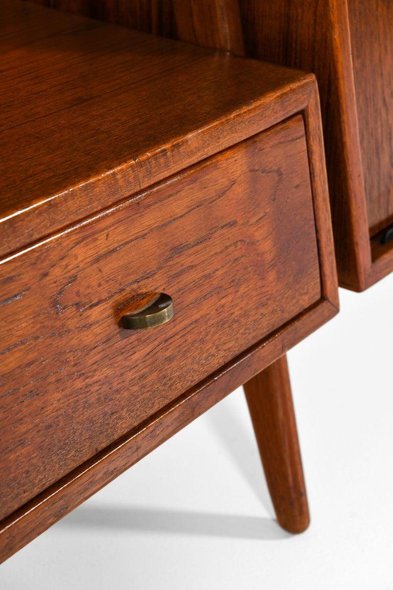 Scandinavian Modern Arne Vodder & Anton Borg Bookcase Produced by Vamo in Denmark For Sale