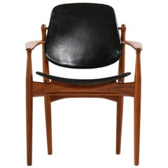 Arne Vodder Armchair Model FD184/L Produced by France & Daverkosen in Denmark