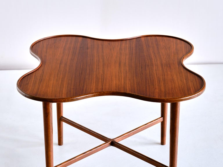Danish Arne Vodder Attributed Teak Side Table with Quatrefoil Shape, Denmark, 1960s For Sale