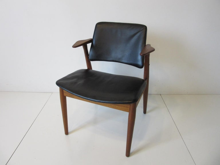 Arne Vodder Danish Chair Teak / Leather for Helge Sibast For Sale 5