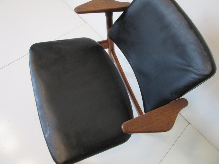 Arne Vodder Danish Chair Teak / Leather for Helge Sibast For Sale 1